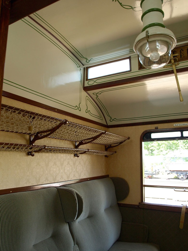 View into a Prussian passenger coach